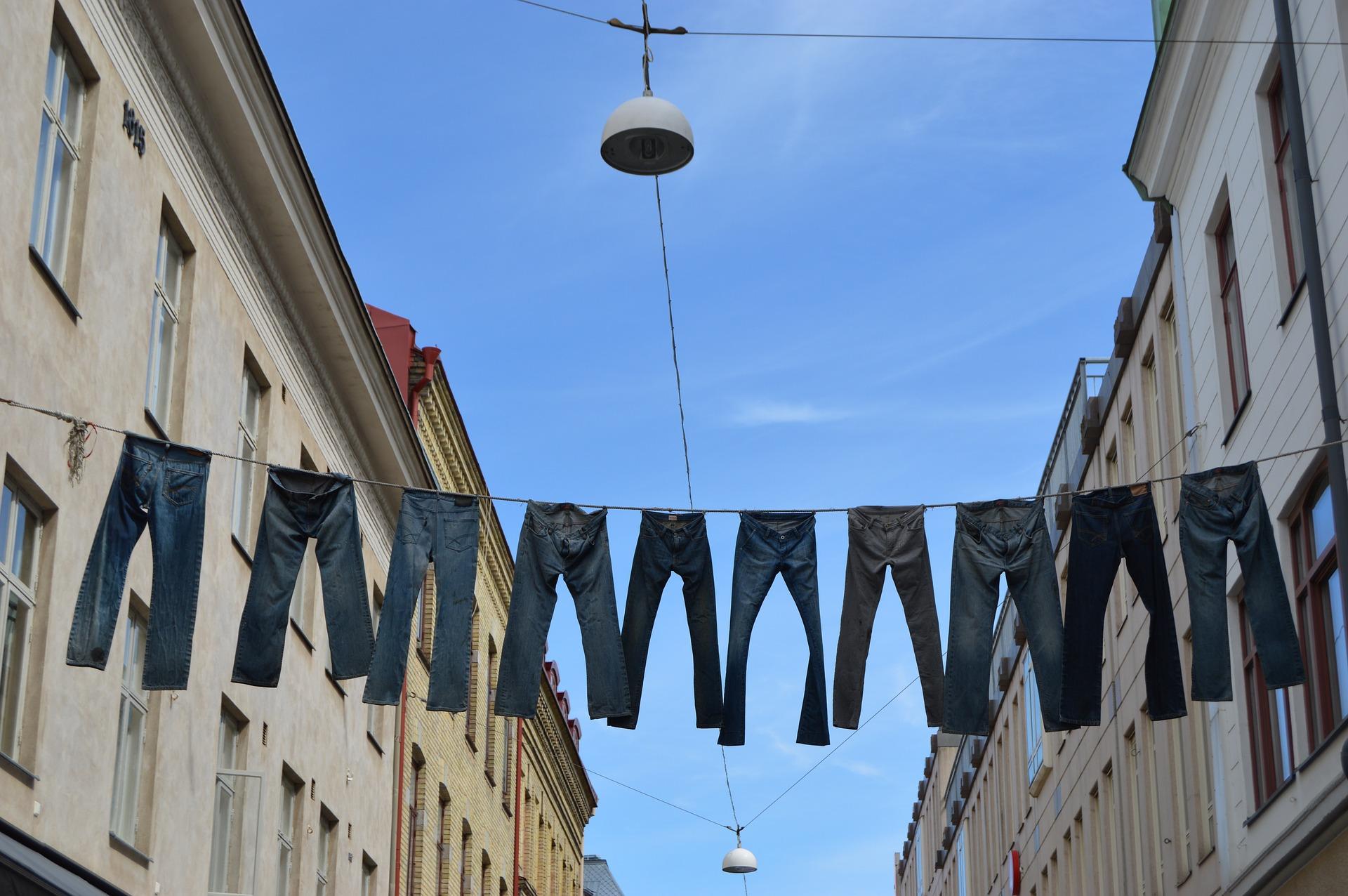 Jeans från Svenska företag